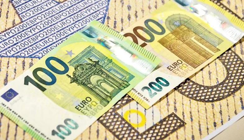 Conozca los nuevos billetes de 100 y 200 euros que entran en circulación